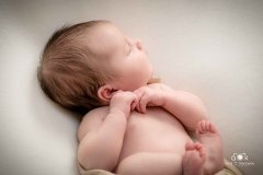 newborn_1_avrilokennedyphotography-37